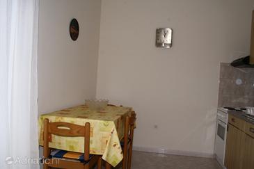 Umag, Dining room u smještaju tipa apartment.