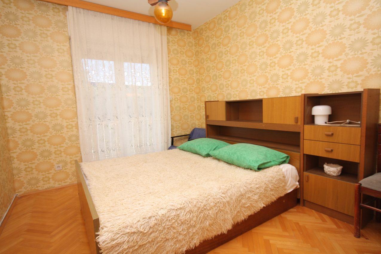 Apartmány s parkoviskom v meste Slatine - 2566