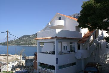 Property Drašnice (Makarska) - Accommodation 2581 - Apartments near sea with pebble beach.