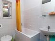 Bathroom 1 - Apartment A-2596-a - Apartments Podgora (Makarska) - 2596