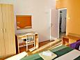 Bedroom 1 - Apartment A-2596-a - Apartments Podgora (Makarska) - 2596