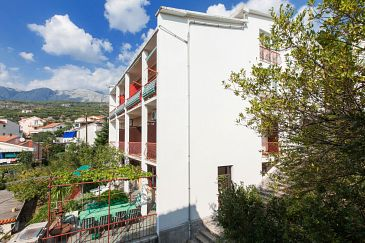 Property Podgora (Makarska) - Accommodation 2604 - Apartments near sea with pebble beach.