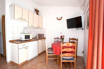 Apartment A-2605-a - Apartments Promajna (Makarska) - 2605