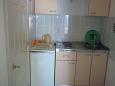 Podgora, Kitchen u smještaju tipa studio-apartment, WIFI.