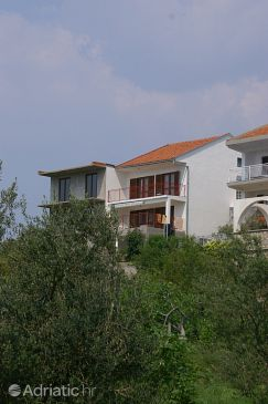 Property Podaca (Makarska) - Accommodation 2635 - Apartments near sea with pebble beach.