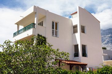Property Promajna (Makarska) - Accommodation 2642 - Apartments near sea with pebble beach.
