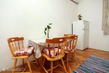 Apartment A-2646-c - Apartments and Rooms Zaostrog (Makarska) - 2646