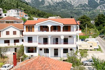 Property Zaostrog (Makarska) - Accommodation 2648 - Apartments near sea with rocky beach.