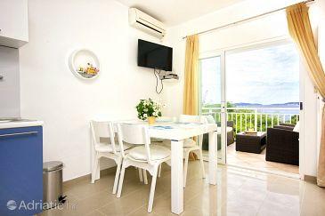 Orebić, Dining room u smještaju tipa apartment, dostupna klima i WIFI.