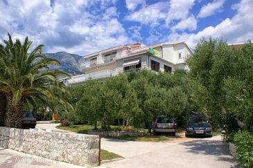 Property Tučepi (Makarska) - Accommodation 2656 - Apartments near sea with pebble beach.
