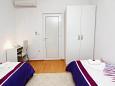 Bedroom 2 - Apartment A-2658-d - Apartments Tučepi (Makarska) - 2658