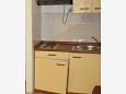 Bratuš, Kitchen u smještaju tipa apartment, WIFI.