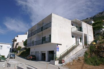 Property Pisak (Omiš) - Accommodation 2742 - Apartments near sea with pebble beach.