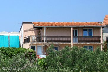 Property Podaca (Makarska) - Accommodation 2779 - Apartments and Rooms with pebble beach.