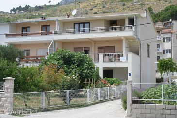 Property Omiš (Omiš) - Accommodation 2786 - Apartments near sea with sandy beach.