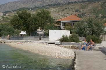Property Orij (Omiš) - Accommodation 2809 - Apartments near sea with pebble beach.