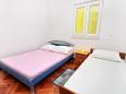 Bedroom - Apartment A-2827-b - Apartments Pisak (Omiš) - 2827