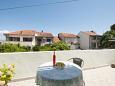 Supetar, Terrace u smještaju tipa apartment, s pogledom na more, dopusteni kucni ljubimci i WIFI.