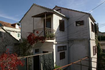 Property Sutivan (Brač) - Accommodation 2849 - Apartments near sea with pebble beach.