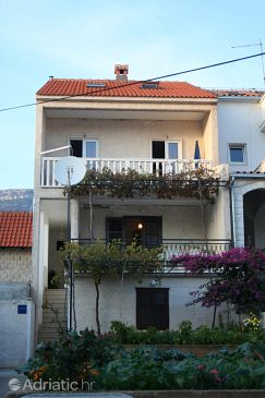 Property Bol (Brač) - Accommodation 2884 - Apartments with pebble beach.