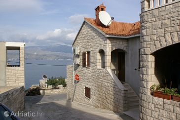 Property Postira (Brač) - Accommodation 2898 - Apartments near sea with pebble beach.