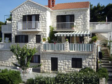 Property Postira (Brač) - Accommodation 2914 - Apartments with pebble beach.