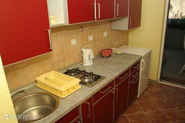 Apartment A-2930-a - Apartments Splitska (Brač) - 2930