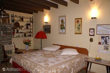 Apartment A-2939-a - Apartments Puntinak (Brač) - 2939