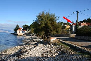 Property Sutivan (Brač) - Accommodation 2943 - Apartments and Rooms near sea with pebble beach.