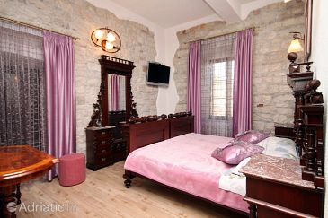 Room S-2979-r - Apartments and Rooms Trogir (Trogir) - 2979