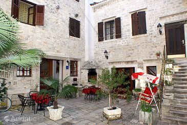 Property Trogir (Trogir) - Accommodation 2979 - Apartments and Rooms near sea with sandy beach.