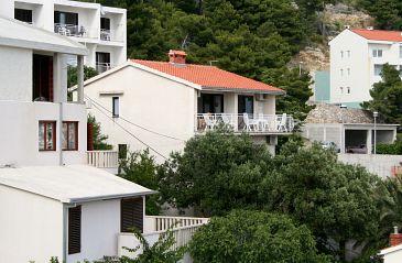 Obiekt Baška Voda (Makarska) - Zakwaterowanie 300 - Apartamenty blisko morza ze żwirową plażą.