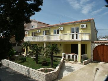 Property Premantura (Medulin) - Accommodation 3012 - Apartments and Rooms with pebble beach.