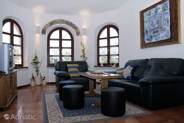 House K-3028 - Vacation Rentals Belavići (Marčana) - 3028