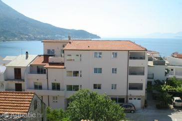 Property Igrane (Makarska) - Accommodation 3053 - Apartments near sea with pebble beach.