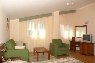 Room S-3057-n - Rooms Tučepi (Makarska) - 3057