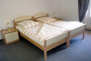 Room S-3060-n - Rooms Tučepi (Makarska) - 3060