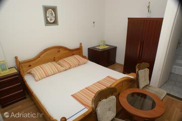 Room S-3067-d - Apartments and Rooms Splitska (Brač) - 3067