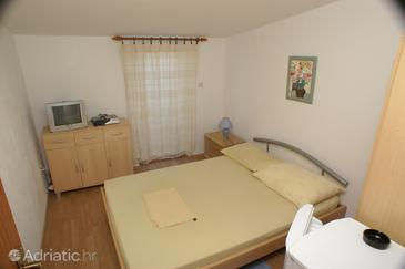 Room S-3067-f - Apartments and Rooms Splitska (Brač) - 3067