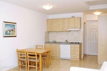 Vinjerac, Dining room u smještaju tipa studio-apartment, dostupna klima, dopusteni kucni ljubimci i WIFI.