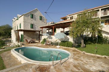 Property Sumartin (Brač) - Accommodation 3101 - Vacation Rentals near sea with pebble beach.