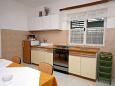 Kitchen - Apartment A-311-c - Apartments Igrane (Makarska) - 311