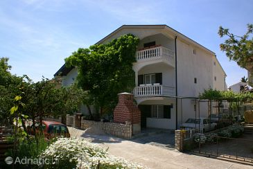 Property Podaca (Makarska) - Accommodation 312 - Apartments with pebble beach.