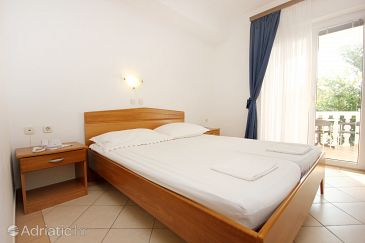 Room S-3152-c - Apartments and Rooms Pag (Pag) - 3152