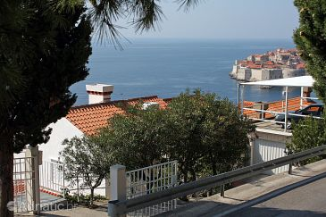 Property Dubrovnik (Dubrovnik) - Accommodation 3181 - Apartments with pebble beach.