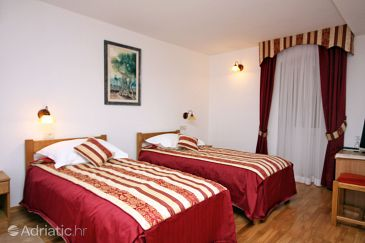 Room S-3192-a - Rooms Seget Vranjica (Trogir) - 3192