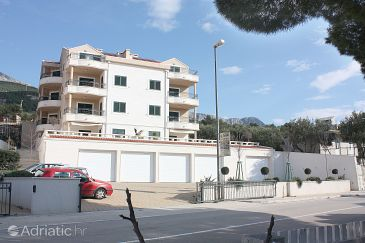 Property Tučepi (Makarska) - Accommodation 3193 - Apartments near sea with pebble beach.