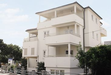 Property Betina (Murter) - Accommodation 3220 - Apartments near sea.