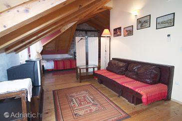 Room S-3227-a - Rooms Trogir (Trogir) - 3227