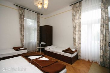 Room S-3236-e - Rooms Crikvenica (Crikvenica) - 3236